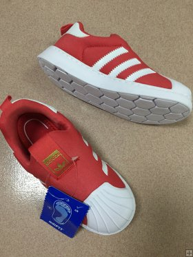 sport shoes for kids